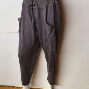 Fabletics Pants - FABLETICS DRAWSTRING PANTS